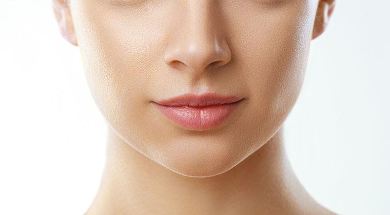 Prise en charge des rides de la lèvre supérieure - Dr Molinari à Paris